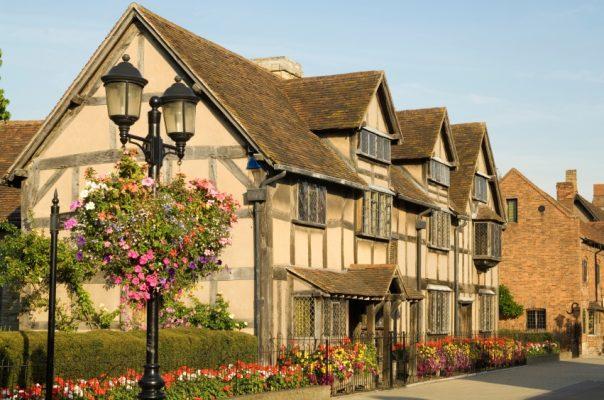 Transport persoane Constanta Stratford upon Avon