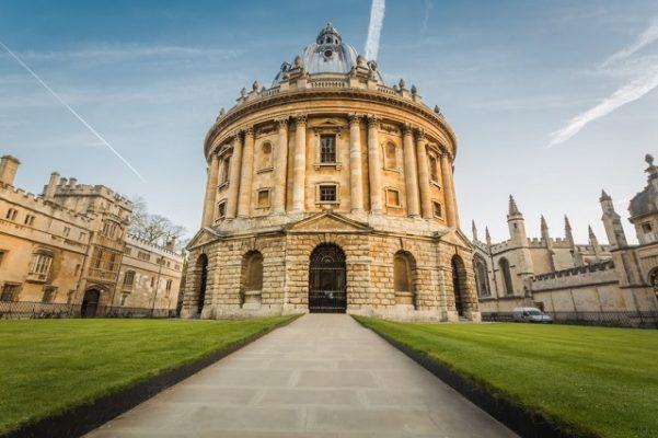 Transport persoane Constanta Oxford