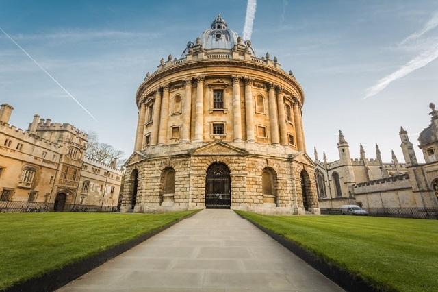 Transport persoane Tulcea Oxford